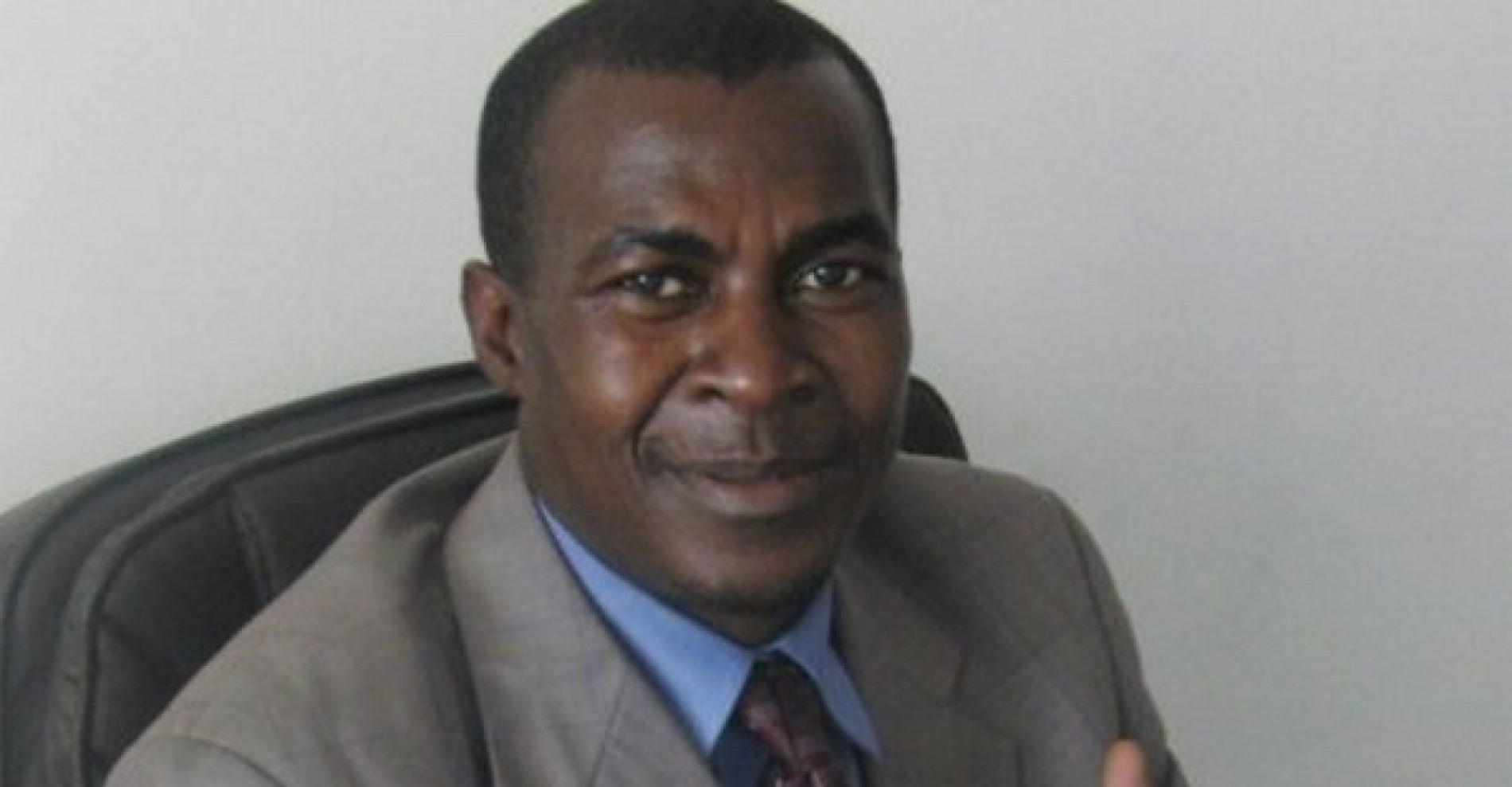 Charles Ateba Eyene est mort