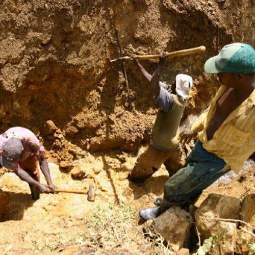 Mines: Levées géophysiques dans 5 régions du Cameroun