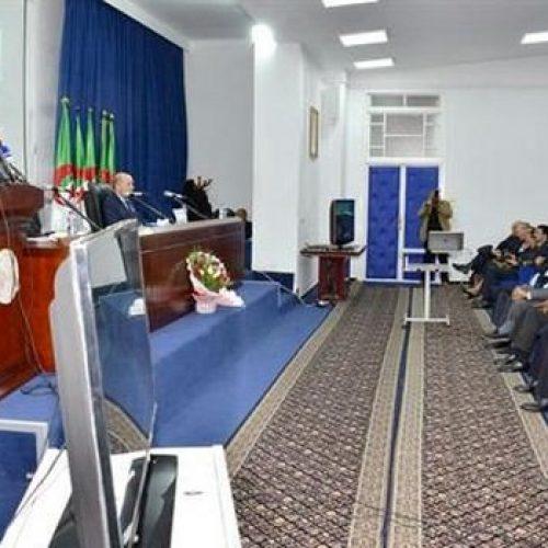 Algérie: bientôt les diplômés universitaires s'impliquent la gestion des structures publiques non exploitées dans les communes