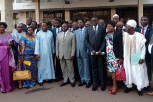 Décentralisation et développement local: plaidoyer des maires pour plus d'autonomie