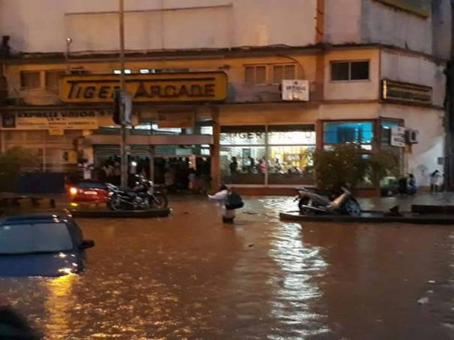 Yaoundé surprise par les eaux