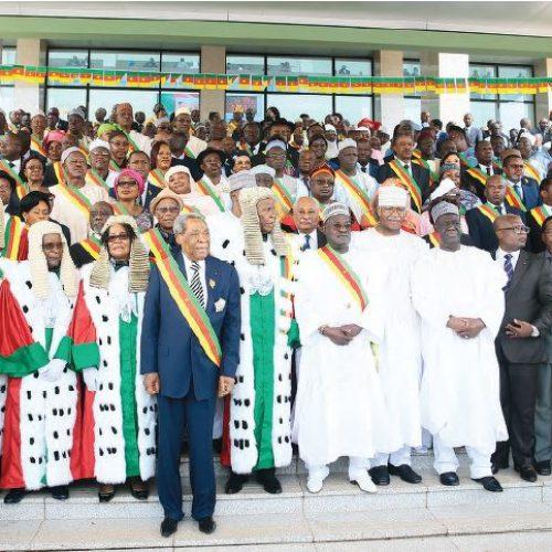 Conseil constitutionnel: l'équipe désormais en poste