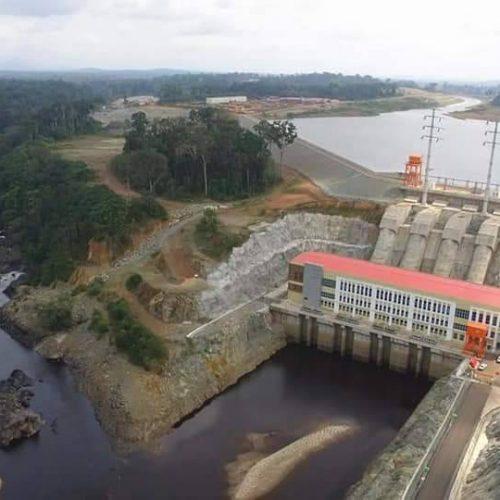 Les retombées locales du barrage hydroélectrique de Memve'ele : géographie économique