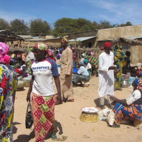 Développement local: l'élite appui le développement de Tourou