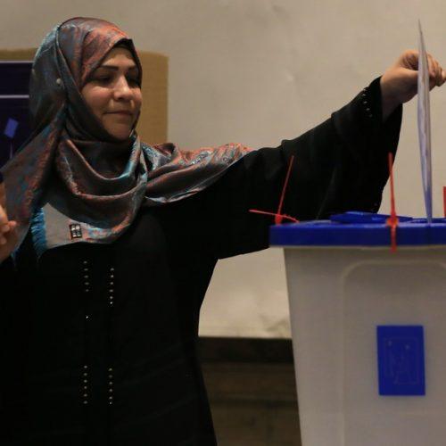 Irak: des législatives pour la reconstruction nationale