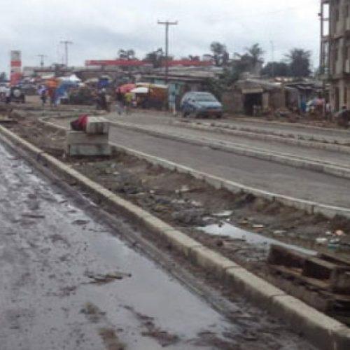 Douala:  l'accès au Boulevard de la République bloqué