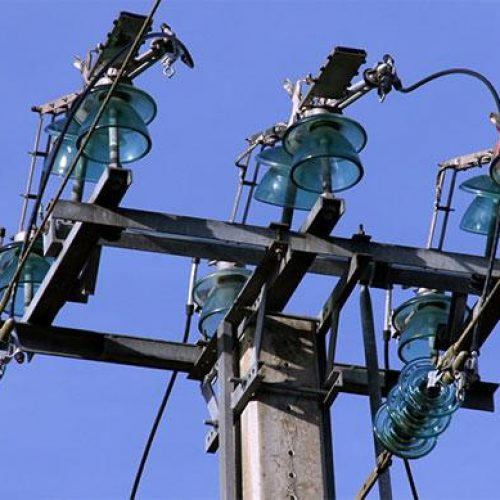 Energie: électrification de 500 villages au Cameroun