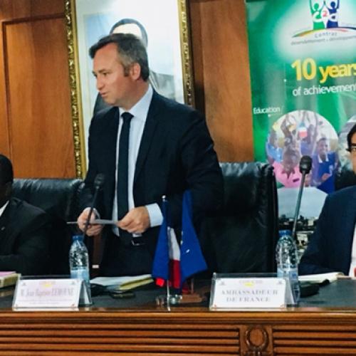Contrat de désendettement: trois conventions signées pour le développement