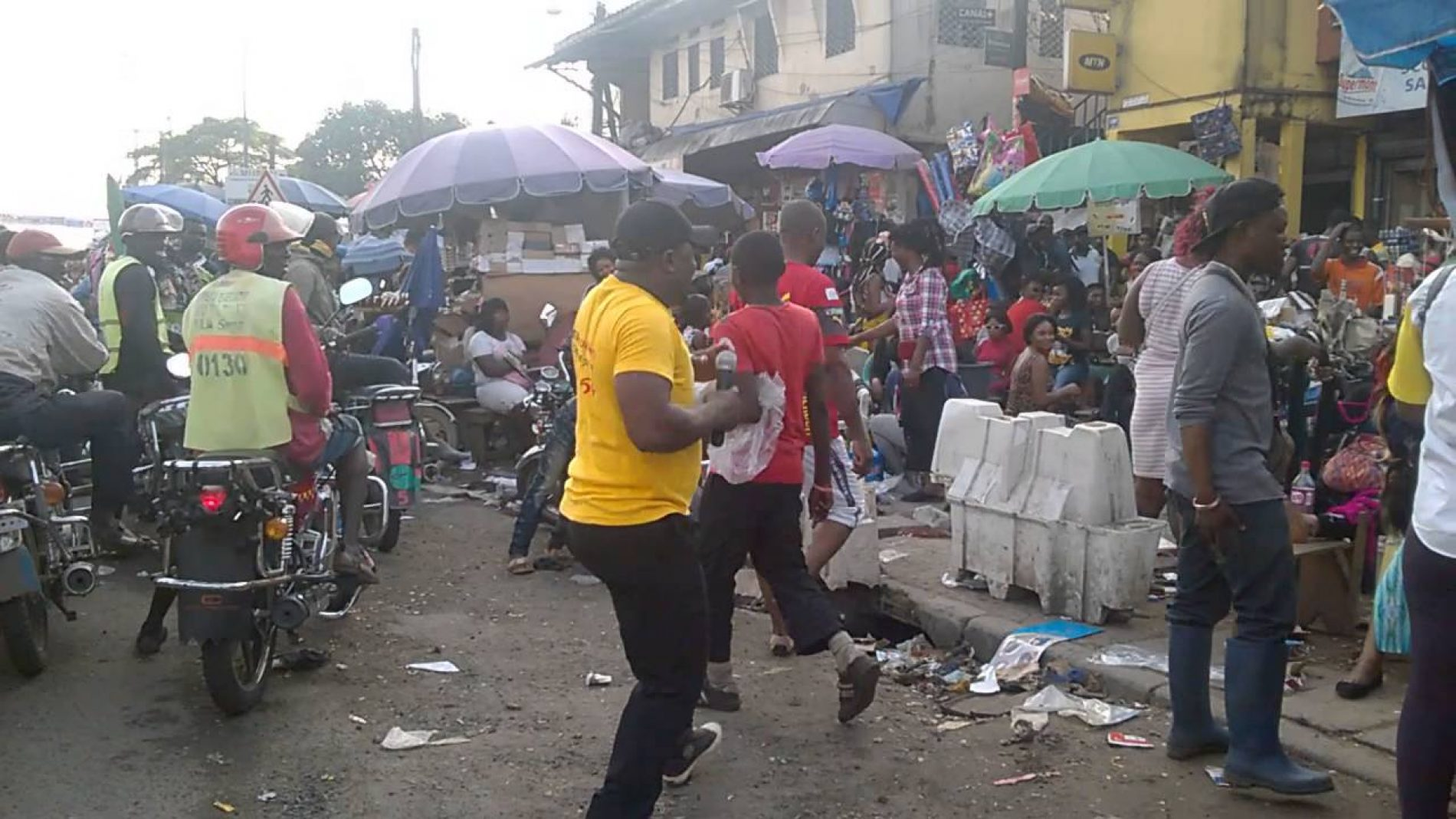 Douala: Confrontation between the municipal police and Mboppi market traders