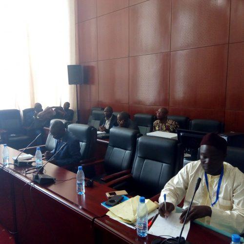 AGC 2019: L'obligation de résidence résout-elle le statut de l'élu local ?