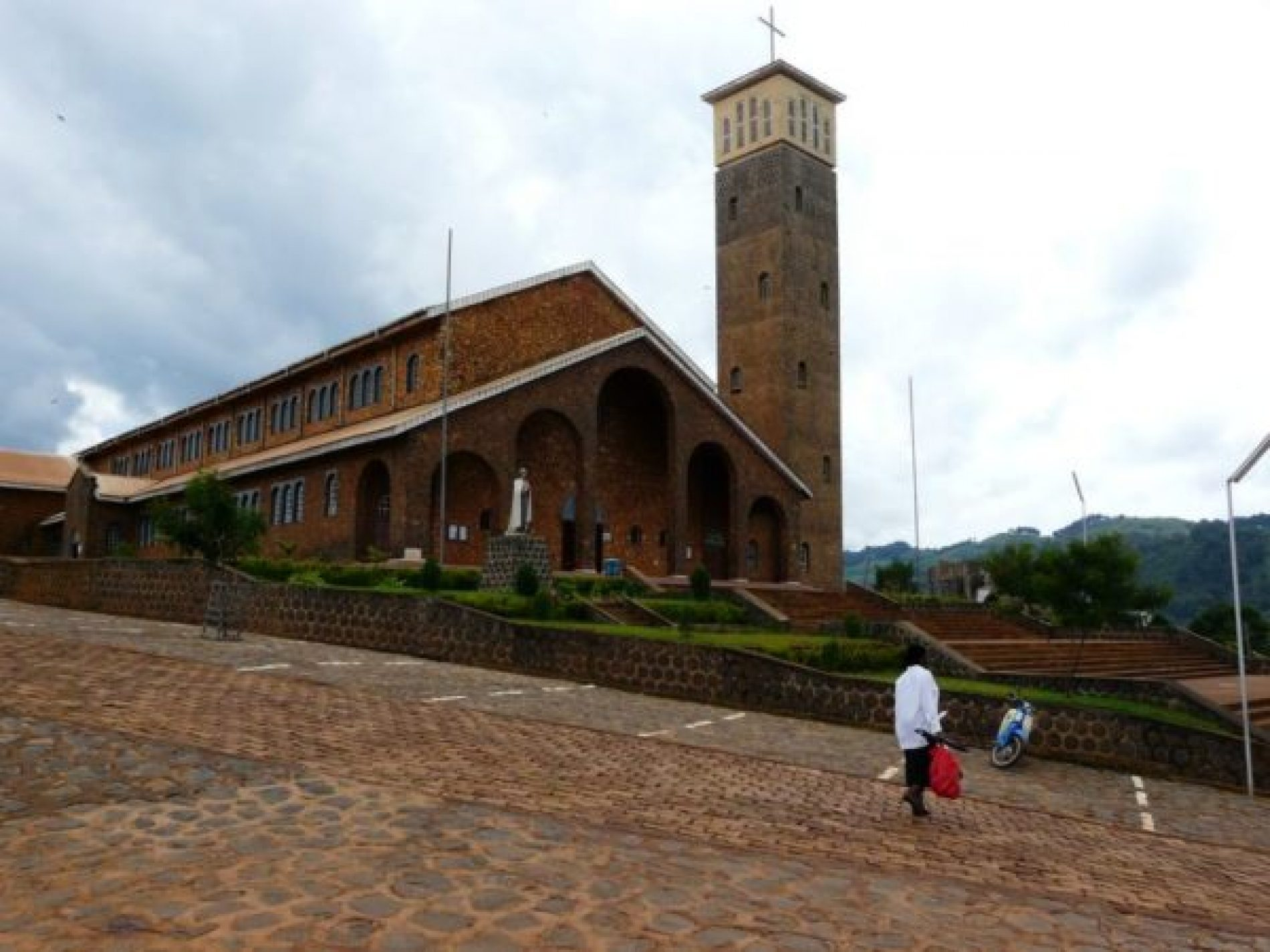 North West region – Anglophone crisis: Saint Augustine College of Kumbo finally closed down