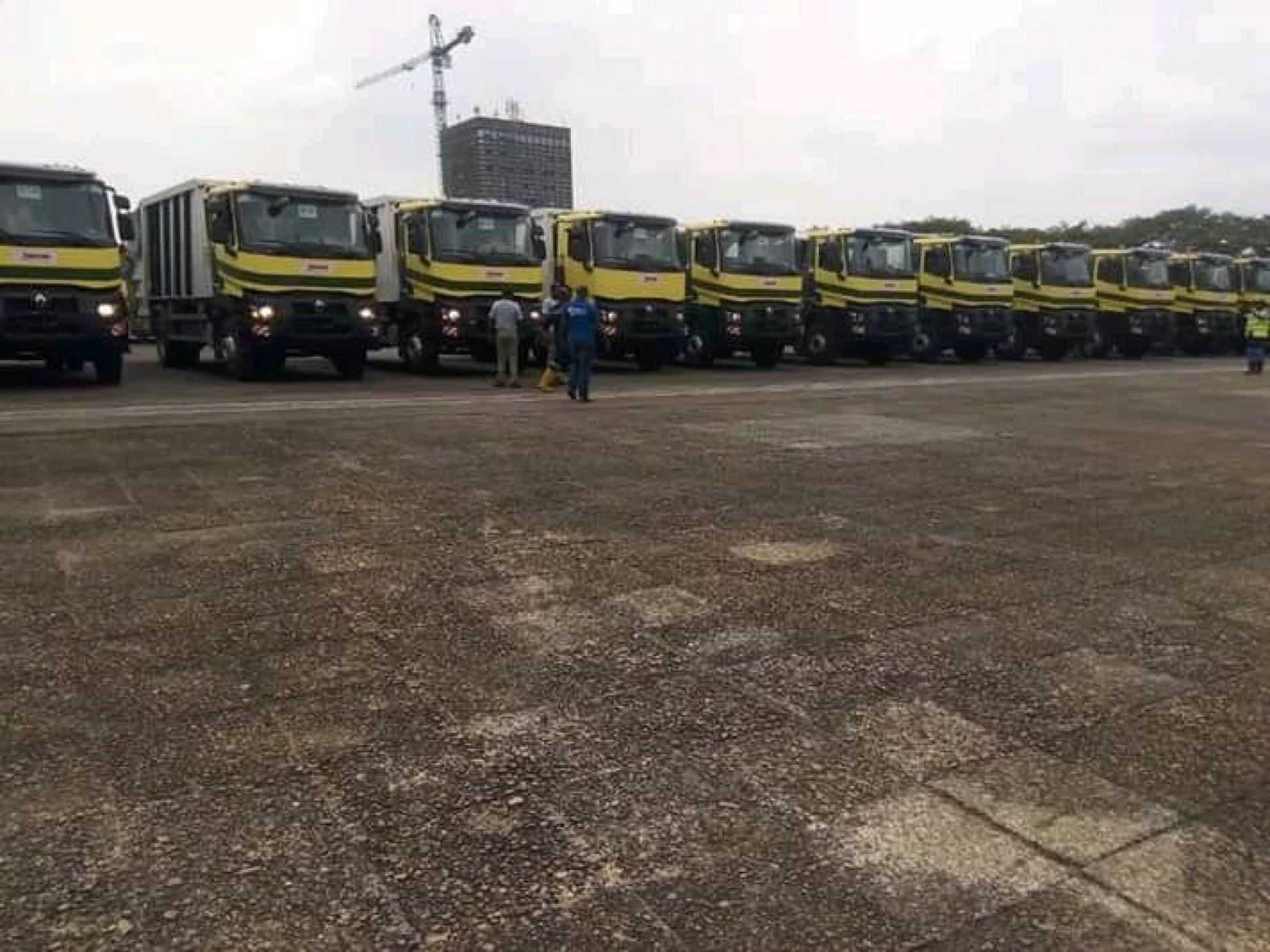 Assainissement urbain : 42 nouveaux camions réceptionnés par HYSACAM