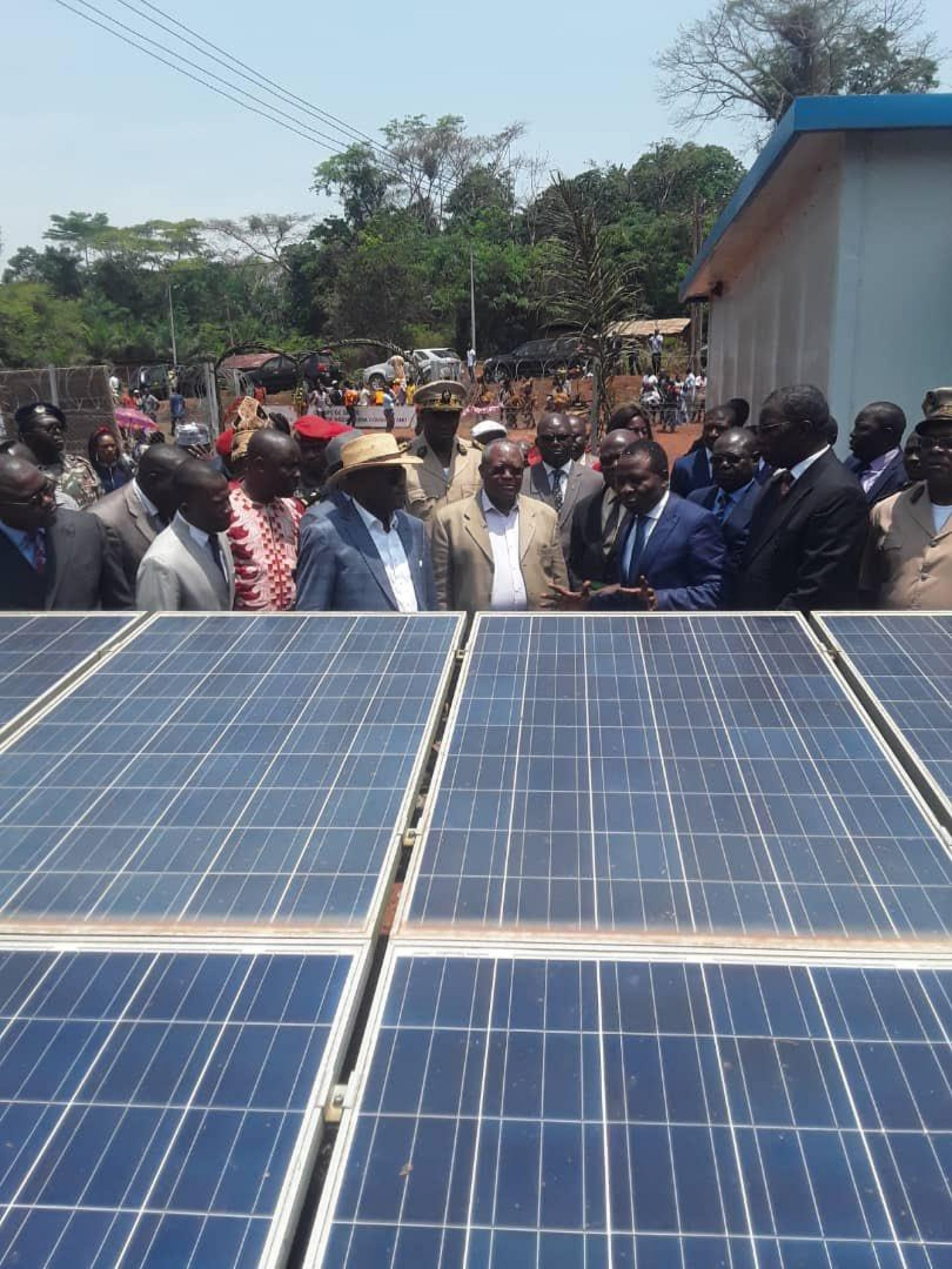 Région de l'Est : Doumaintang désormais connectée à l'énergie solaire photovoltaïque