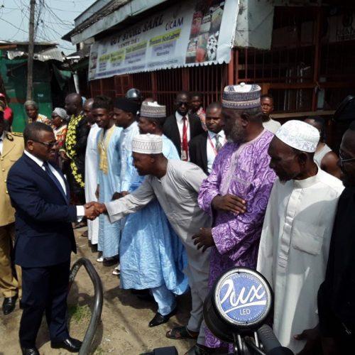 Marché Congo de Douala : Joseph Dion Ngute sur le terrain