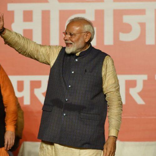 Législatives en Inde: large majorité parlementaire pour Narendra Modi