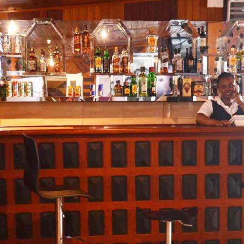 Douala 5ème: Le Sous-Préfet ordonne la fermeture de plusieurs débits de boisson