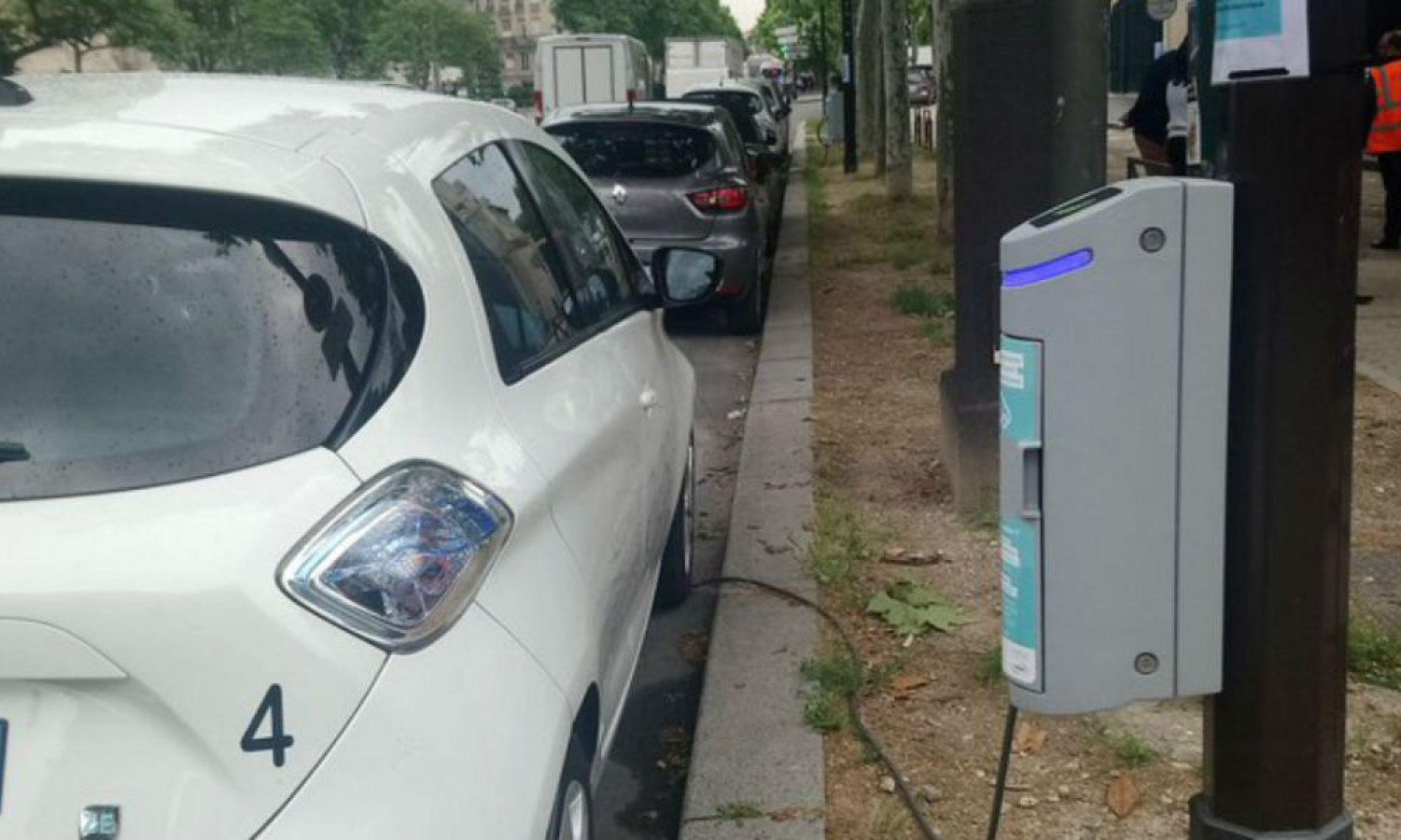 Paris – mobilité urbaine: L'éclairage public au service des voitures hybrides!