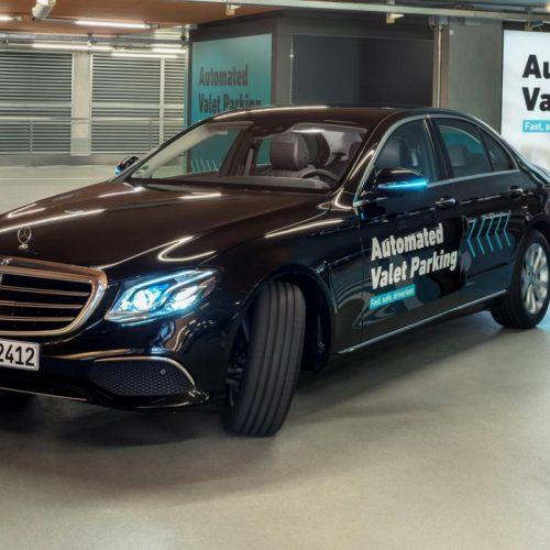 Mobilité intelligente : Daimler et Bosch créent un parking pour voitures autonomes