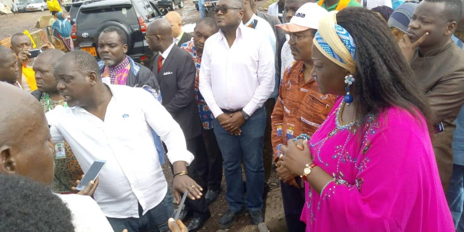Chantiers urbains de Douala : Le MINHDU frappe du poing sur la table