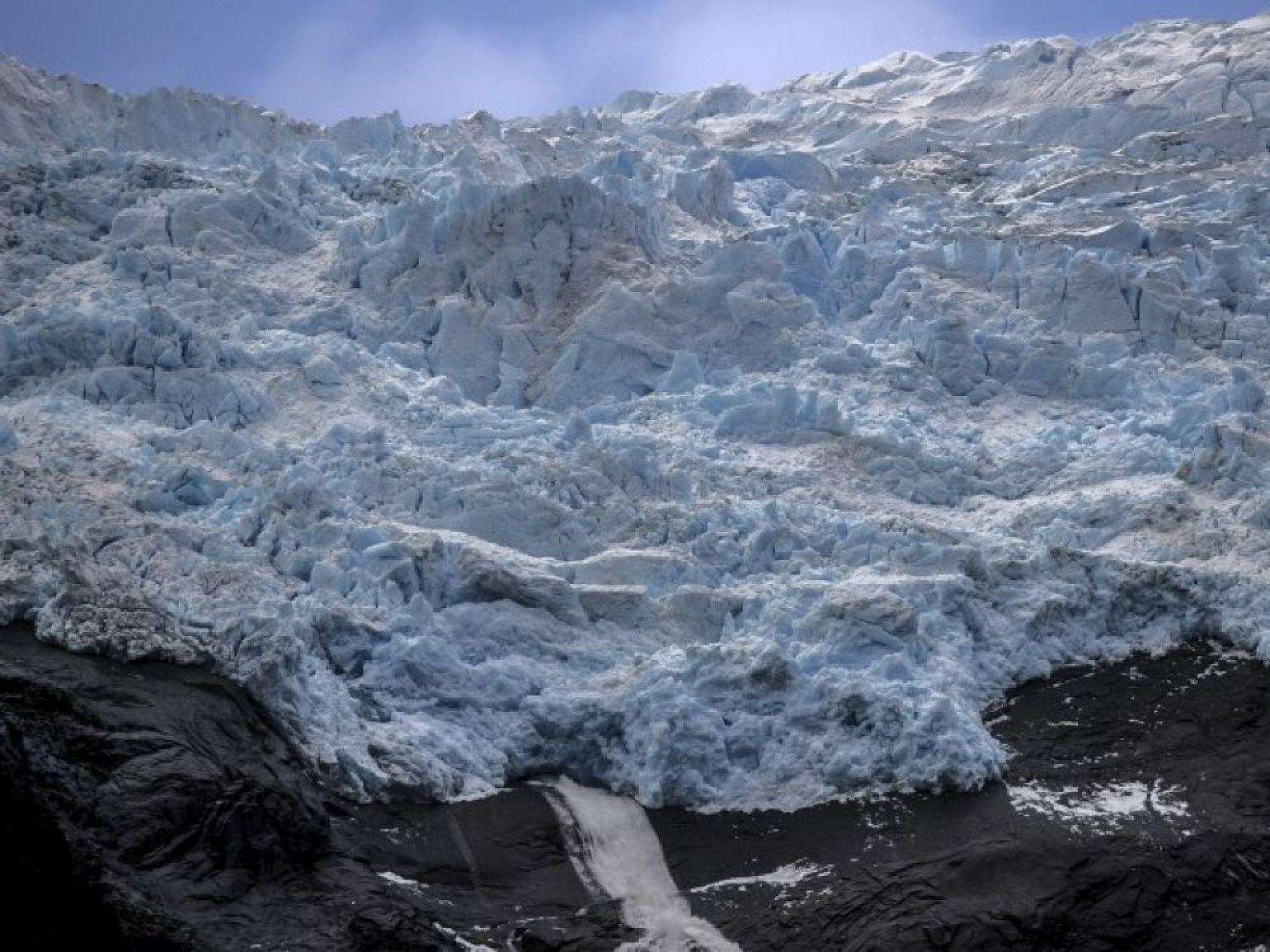 Réchauffement climatique : L'Islande commémore Okjökull, son premier glacier disparu