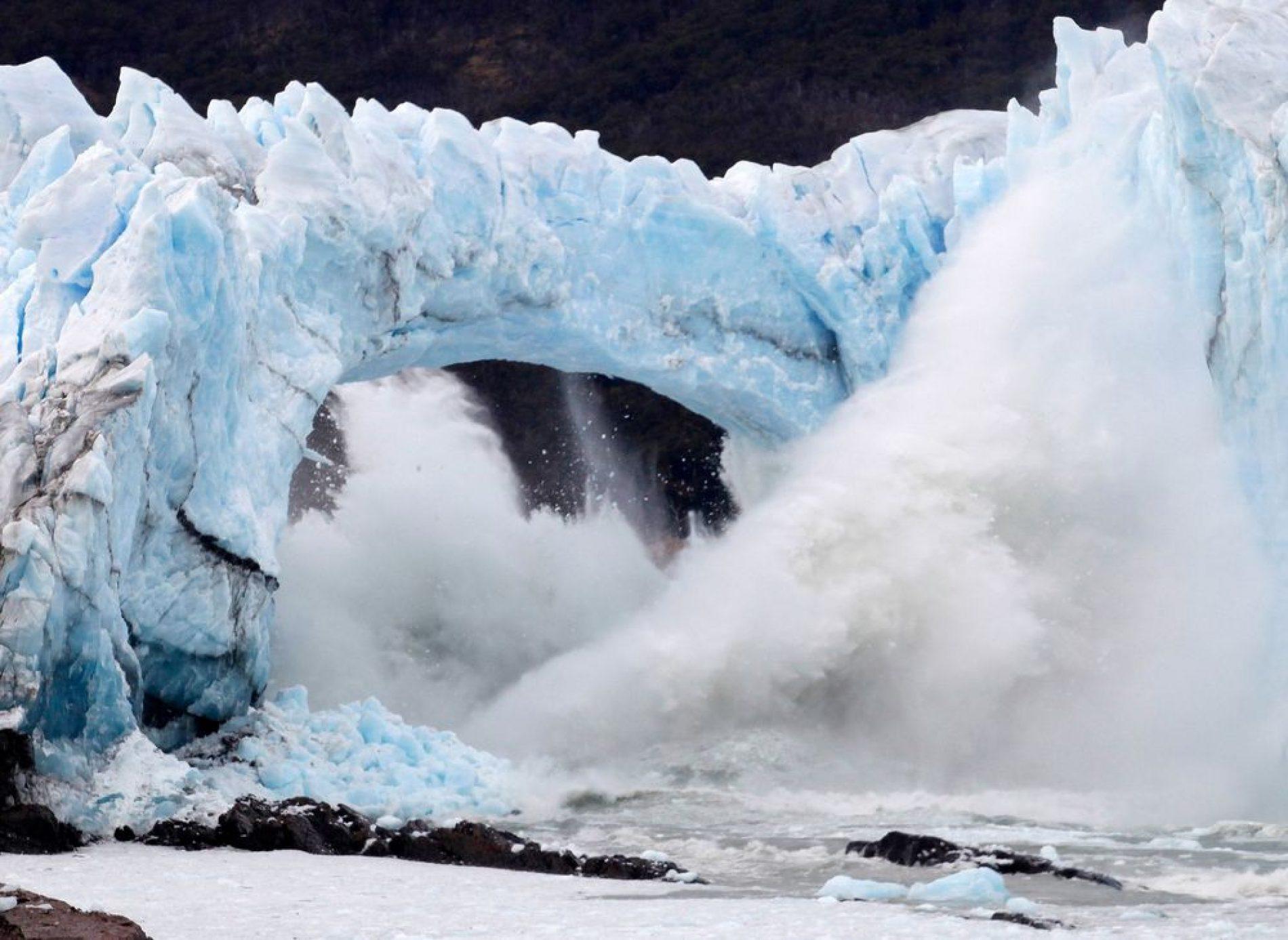 Amériques : Le changement climatique fait fondre des milliards de tonnes de glace au Groenland