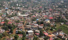 Mobilité résiliente : La Sierra Leone lance un projet financé par la Banque mondiale