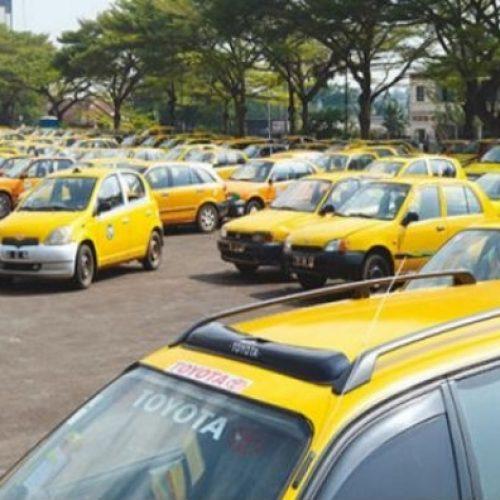 Désordre urbain: Le Maire de ville de Yaoundé donne 7 jours aux Taximen