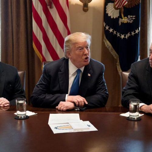 Covid-19: Donald Trump menacé par les Gouverneurs au sujet du déconfinement