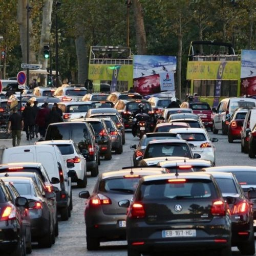 Environnement: La France met en place un service de surveillance pour véhicules