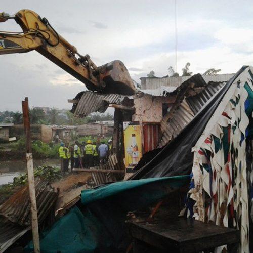 Douala 4ème : Les populations déguerpies pour construction de drain