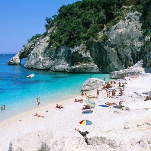 Climat: Du sable vert sur les plages pour absorber les émissions de carbone