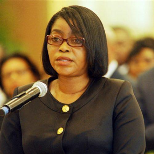 Gabon: Rose Christiane Raponda propulsée à la tête du Gouvernement