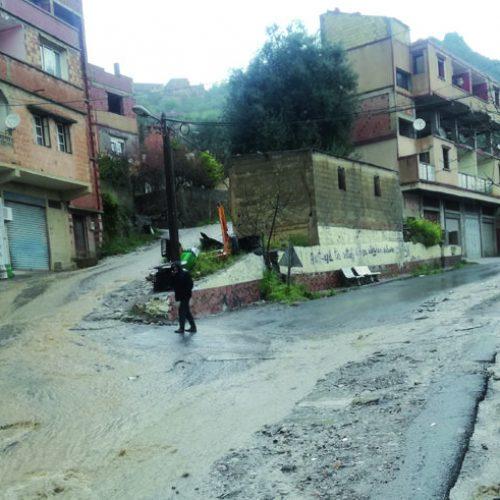 Algérie – Développement local: La Commune fantôme d'Aghbalou