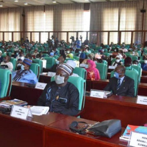 Assemblée Nationale: Plaidoyer des Parlementaires vis à vis des actes d'état-civil